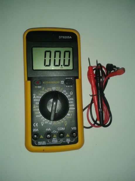 Multimetro digital DT9205A