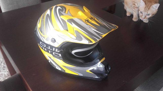 Vendo capacetes amarelo cross KW com oculos Mito ou o capacete cinza.