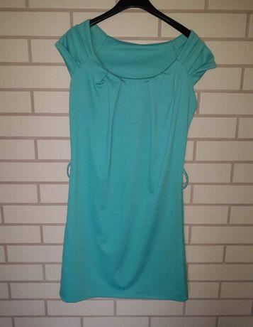 Zielona sukienka dzianinowa rozmiar S