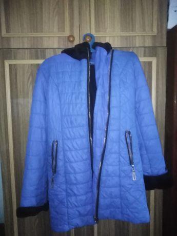 Синяя курточка на девочку