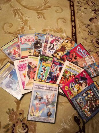 CD диски.Мультики,игры для детей и взрослых.