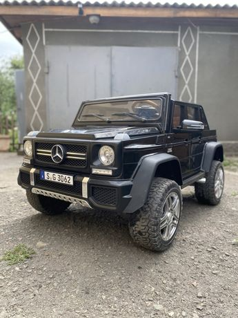 Детский электроавтомобиль Mercedes с пультом управления