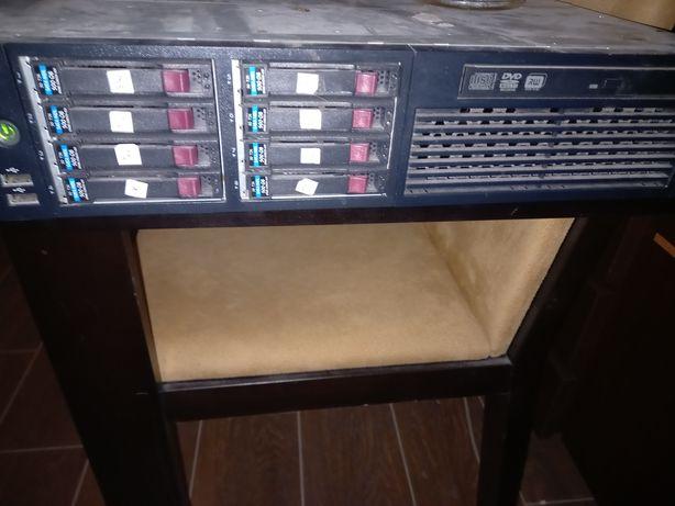 Сервер HP  та картриджі HP
