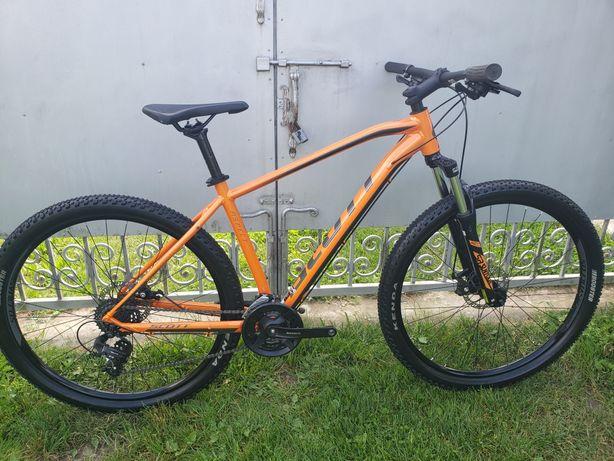 Гірський велосипед мтв найнер shimano Scott