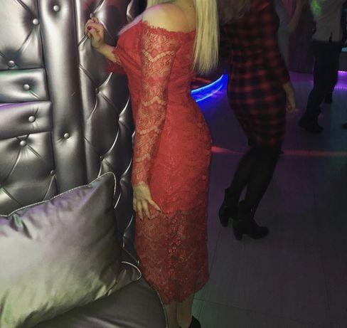 Продам идеальное красное платье