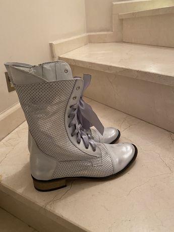Buty botki skórzane srebrne 38 Calzo