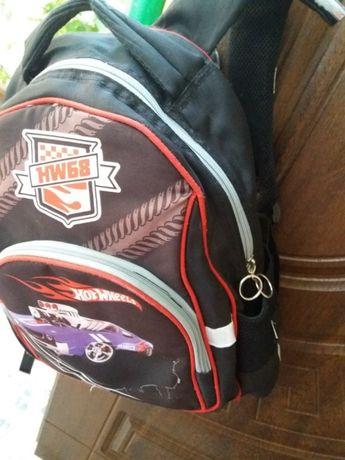 Продам рюкзак Kite 1-4 клас.