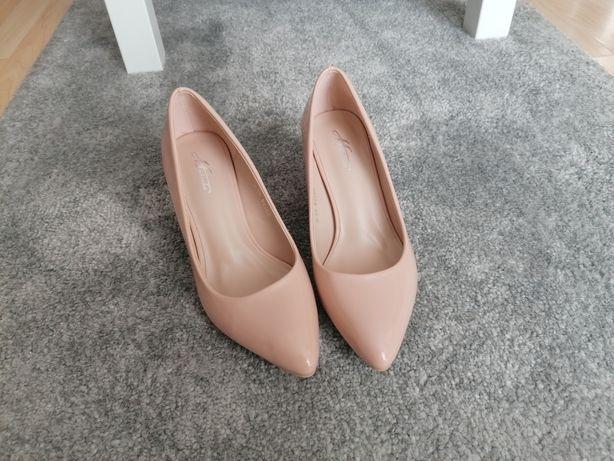 Eleganckie buty czółenka jasny beż 37 NOWE