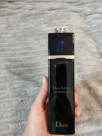 Парфюмированная вода Dior Addict