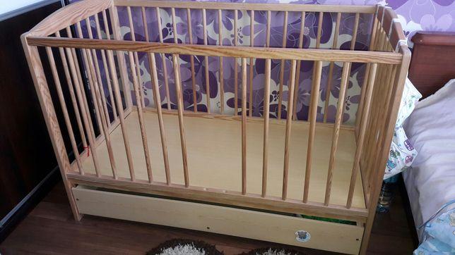 Łóżeczko dziecięce drewniane z szufladą 120x60cm + GRATISY