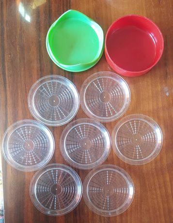 Plastikowe, okrągłe podstawki pod szklanki 7 szt PRL