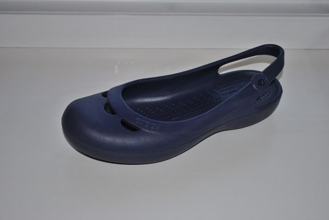 Сандалии crocs оригинал р. W 6 (22,5 см)