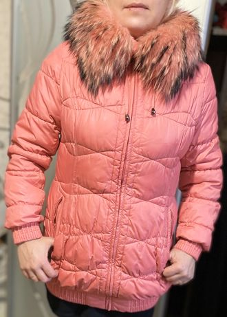 Женская зимняя куртка 48размера