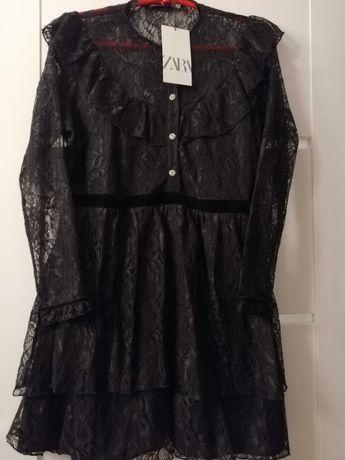 Koronkową sukienka Zara r M