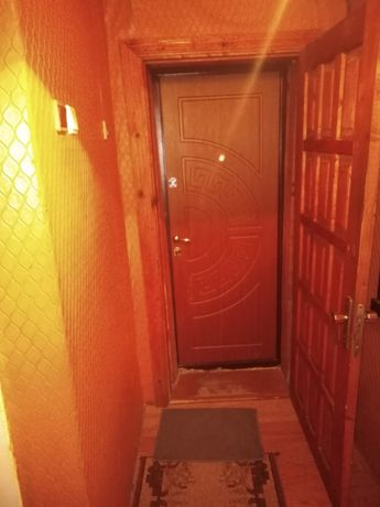 Продам 3-х кімнатну квартиру у центрі міста (вул.Соборна)