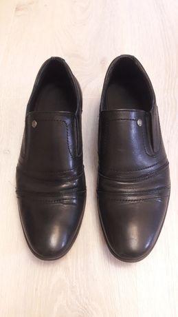 Продам туфли на подростка