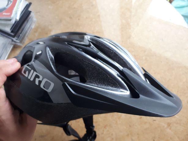 Capacete Giro para Bicicleta
