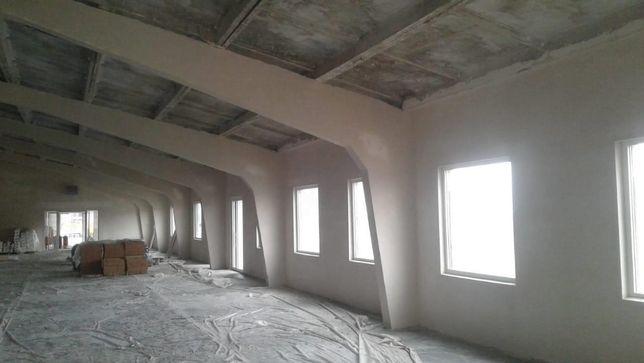 Машинная штукатурка стен и стяжка пола Киев