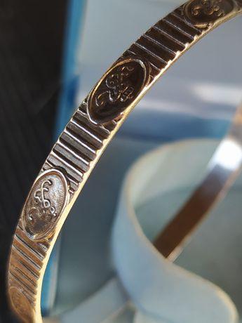 Rytosztuka srebrna obręcz