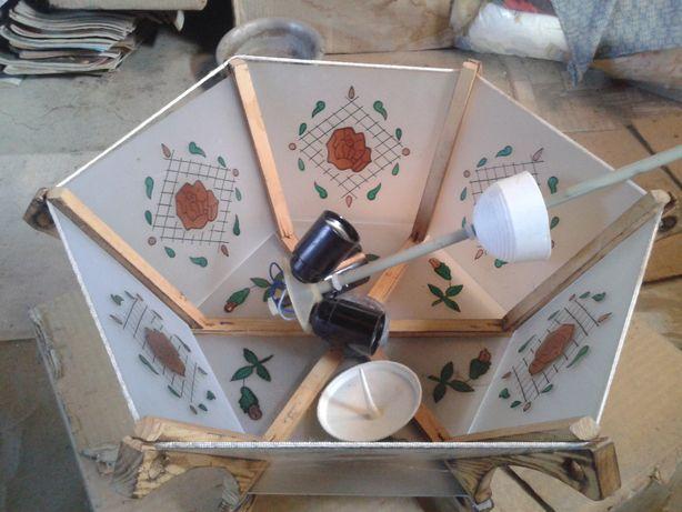 светильник припотолочный деревянный