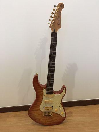 Guitarra elétrica YAMAHA PAC 412 e amplificador Mustang