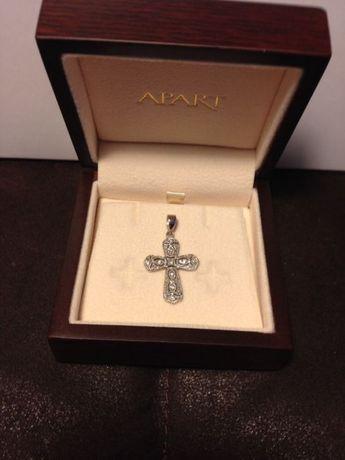 Krzyż apart srebro pr.925