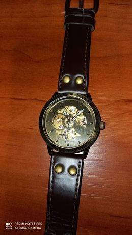 Наручные (механические) часы (stainless steel back water resistant)
