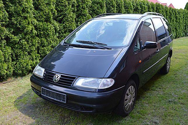 Seat Alhambra granatowy, Volkswagen Sharan czarny, części różne