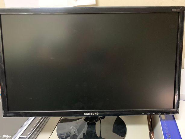 Monitor Samsung LED 24SD330