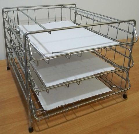 Organizador com 3 tabuleiros para A4