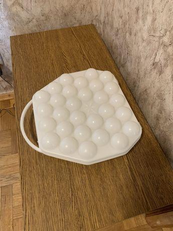 Форма для переноски и хранения 30 яиц