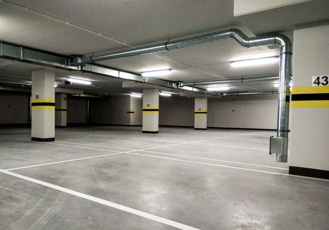ZŁOTNIKI MIEJSCE POSTOJOWE w hali garażowej Wrocław ul. Kościańska NOW
