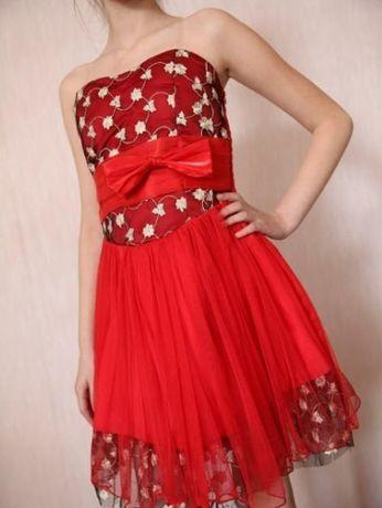 Платье красное на выпускной 4 КЛАС, 9 - 10 лет,на замочкке и резиночке