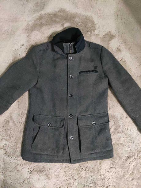 Płaszcz męski Reserved S