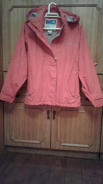 Куртка туристично-лижна червона