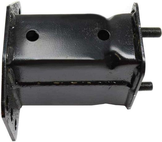 Toyota FJ Cruiser кронштейн переднего бампера 5202560010, 5202560011