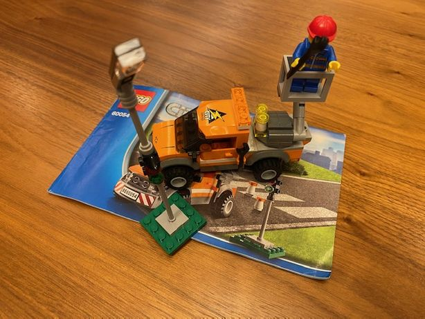 Zestaw 60054 LEGO Samochód naprawczy