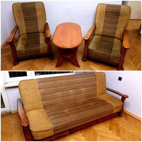Zestaw wypoczynkowy kanapa z opcją spania, dwa fotele i stolik