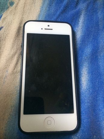 Продам iphone 5,Сенсора новие на Lg gs290