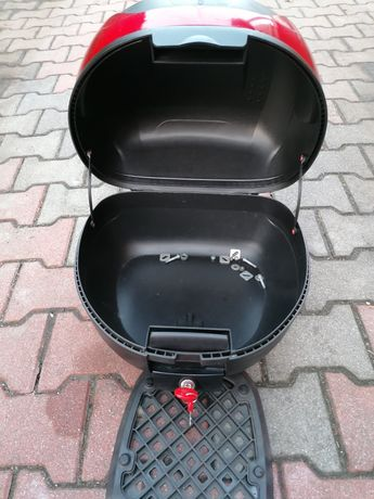 Kufer kompletny