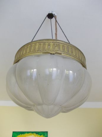 stara lampa, ampla, średnica 34 cm.