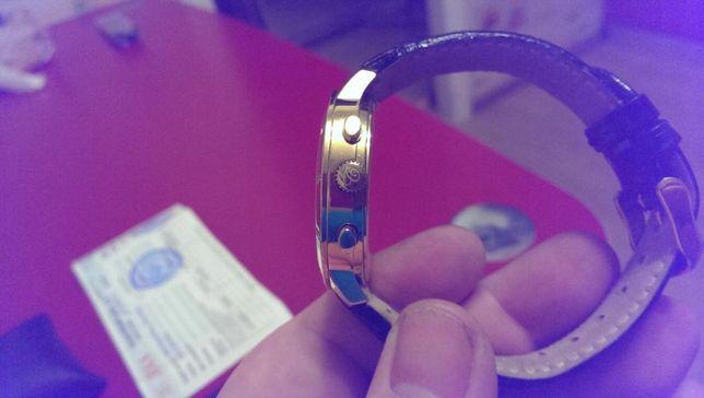 Продам часы christina london 505gwbl