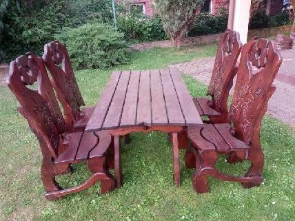 Zestaw mebli ogrodowych drewnianych drewno cztery krzesla stol