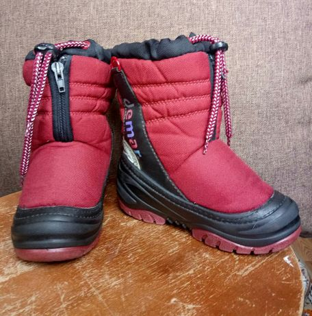 Продам детские зимние ботинки demar(демар) 500р.