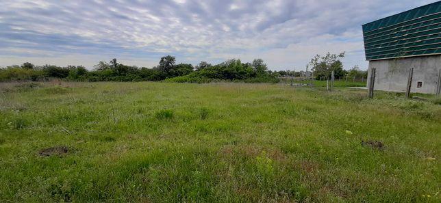 Продам земельный участок под застройку дома