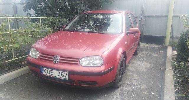 VW GOLF 4 2700 $