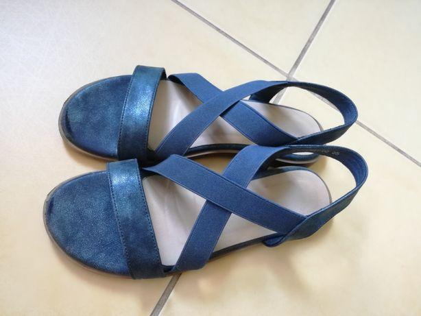 Sandałki dziewczęce r.35
