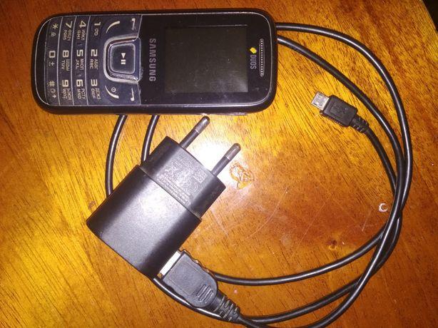 Телефон  samsung ,nokia