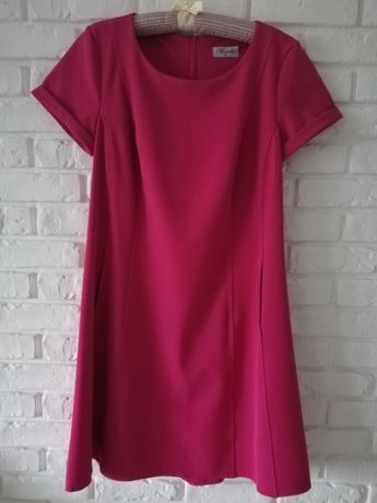 sukienka w kolorze ciemnego różu rozm. 40