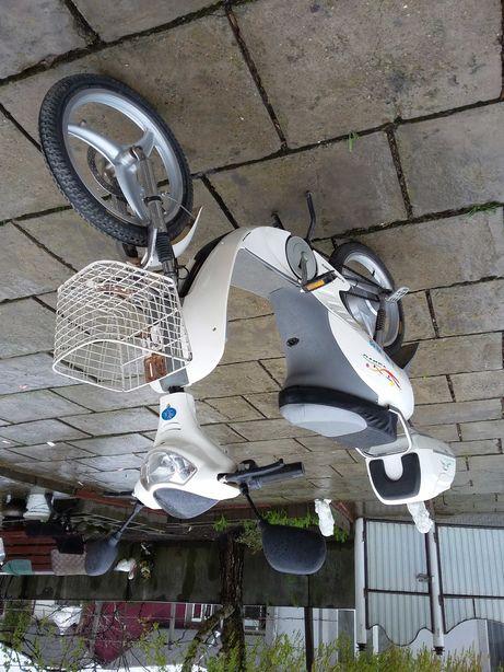 Электро скутер электро мопед электро велосипед електро